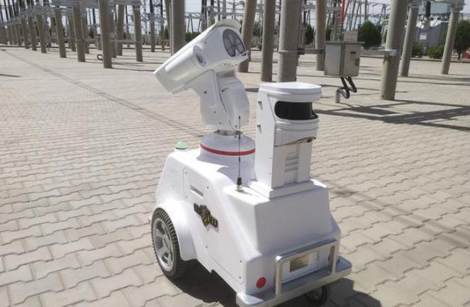 廣西崇左供電局:智能機器人開啟智能運維新時代