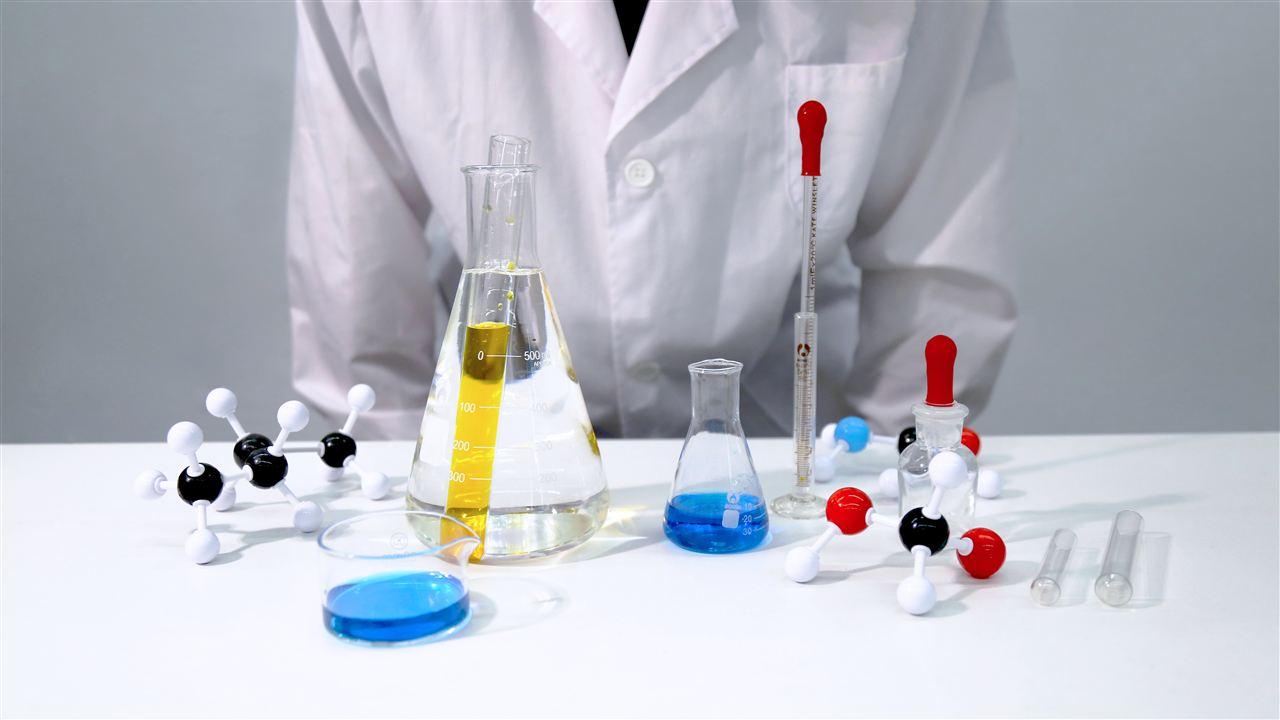 注意操作和維護保養 提高洗瓶機清洗質量