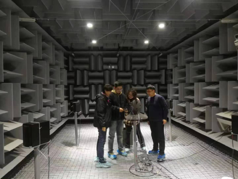 河南聲學計量研究所進行智能通信終端音頻檢測系統調試