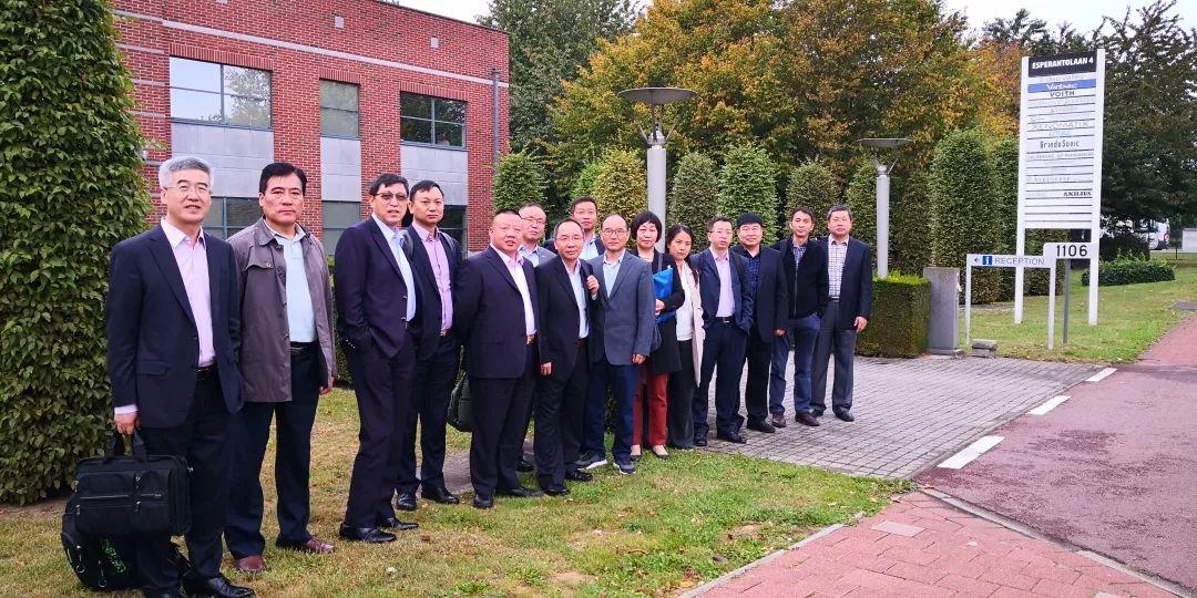 迅爾儀表董事長李紅鎖隨中國考察團遠赴德國開展傳感器商務考察